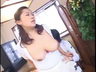 熟女が恥らうセンズリ鑑賞38