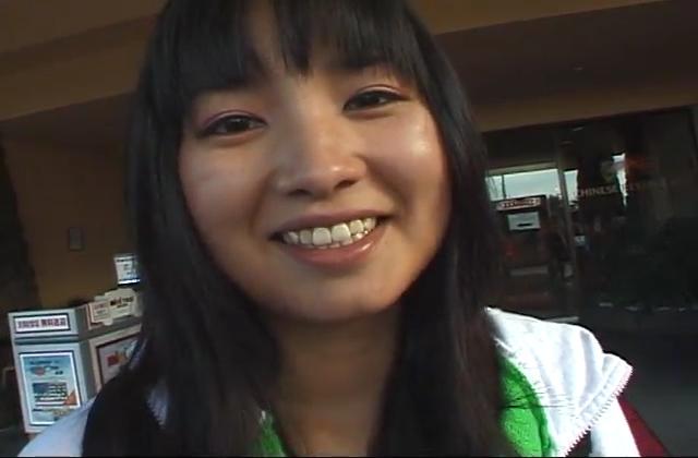 『浣腸による強制排便20』今回登場の女の子はサと『盗撮
